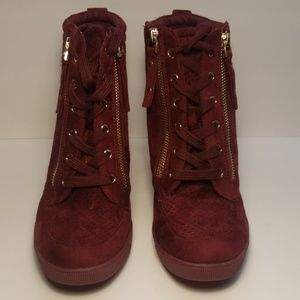 JustFab Shoes - Just Fab Burgandy Size 8.5 Wedge Booties